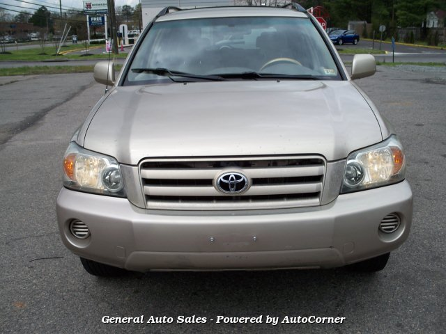 2004 Toyota Highlander V6 2WD with 3rd-Row Seat 5-Speed Automa