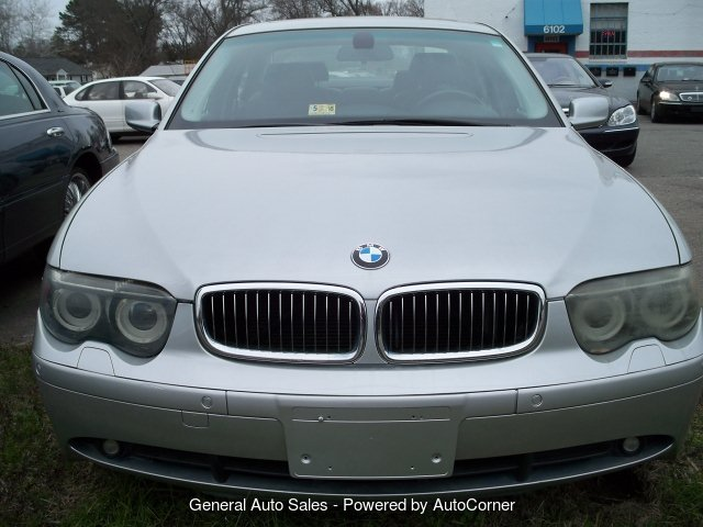 2004 BMW 7-Series 745i 6-Speed Automatic
